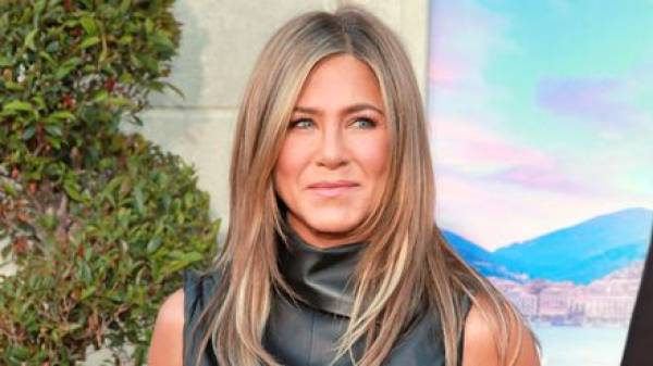 Could Jennifer Aniston Really Become Bill Gates Next Girlfriend?  Bet On It