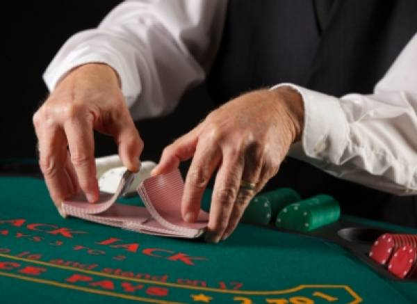 Live Dealer Casino Online:  Vera&John Adds Bodog Gaming Supplied Platform