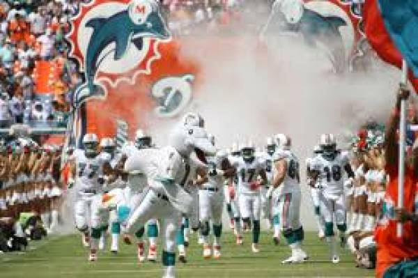 MONDAY NIGHT FOOTBALL Miami Dolphins vs New Orleans Saints Free Betting Pick