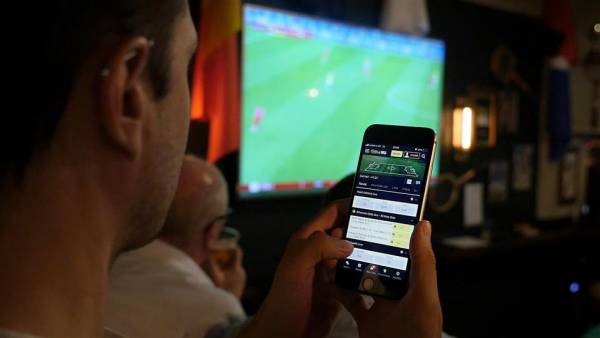 Mobile Sports Betting Live in PA, Could Go Live in NY Next Month