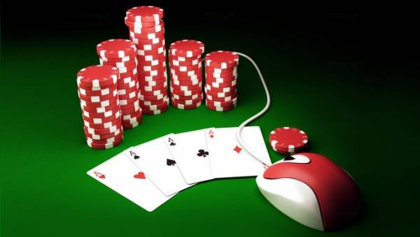 Why You Should Consider Playing At An Online Casino