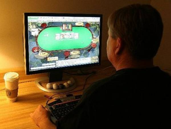 New Jersey Governor Chris Christie Veto of Internet Gambling