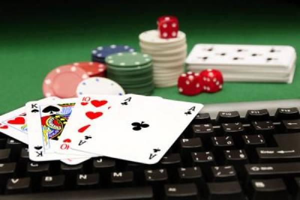 Online Poker Horse Racing
