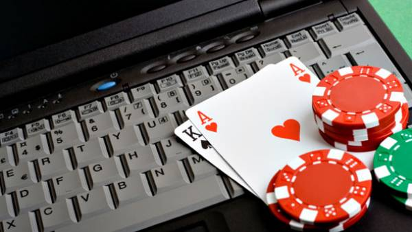 Do Any of the Poker Rooms in California Have Real Money Online Gambling Sites?