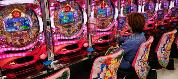 How a Mechanical Game Has Become a Japanese National Obsession
