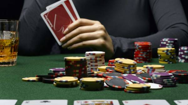 Poker Room Pulls Plug on Live Streaming in Wake of Postle Cheating Claims