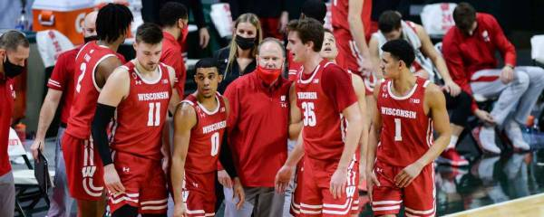 Illinois Fighting Illini vs Wisconsin Badgers Prop Bets February 27