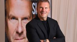 Tilman Fertitta: Working Sports Bets No Slam Dunk