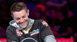 Tony Miles Now Has Solid Lead With Three Remaining in WSOP Main Event