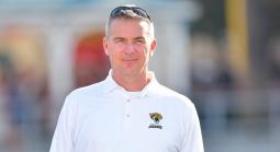 Meyer Returns to Sidelines With NFL's Jaguars Hire