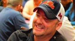 Alleged Poker Cheat Accused of Dodging Legal Service