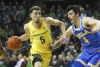 Where Can I Bet The Ducks in This Year's NCAA Men's College Basketball Tournament From Oregon?